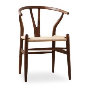 云南雅云居客栈采用魏匠北欧餐椅系列产品Y椅