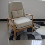 四川中铁客户在佛山采购实木餐椅